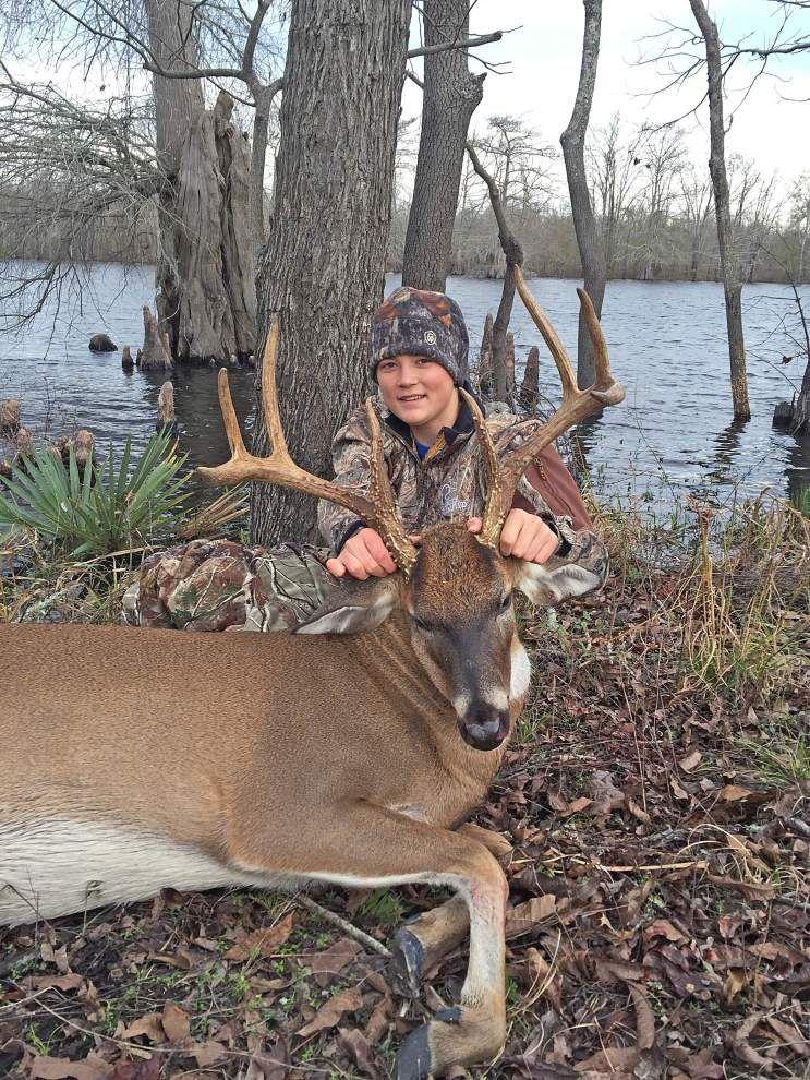 Notebook: Flooding forces closures on deer hunting in some areas _lowres