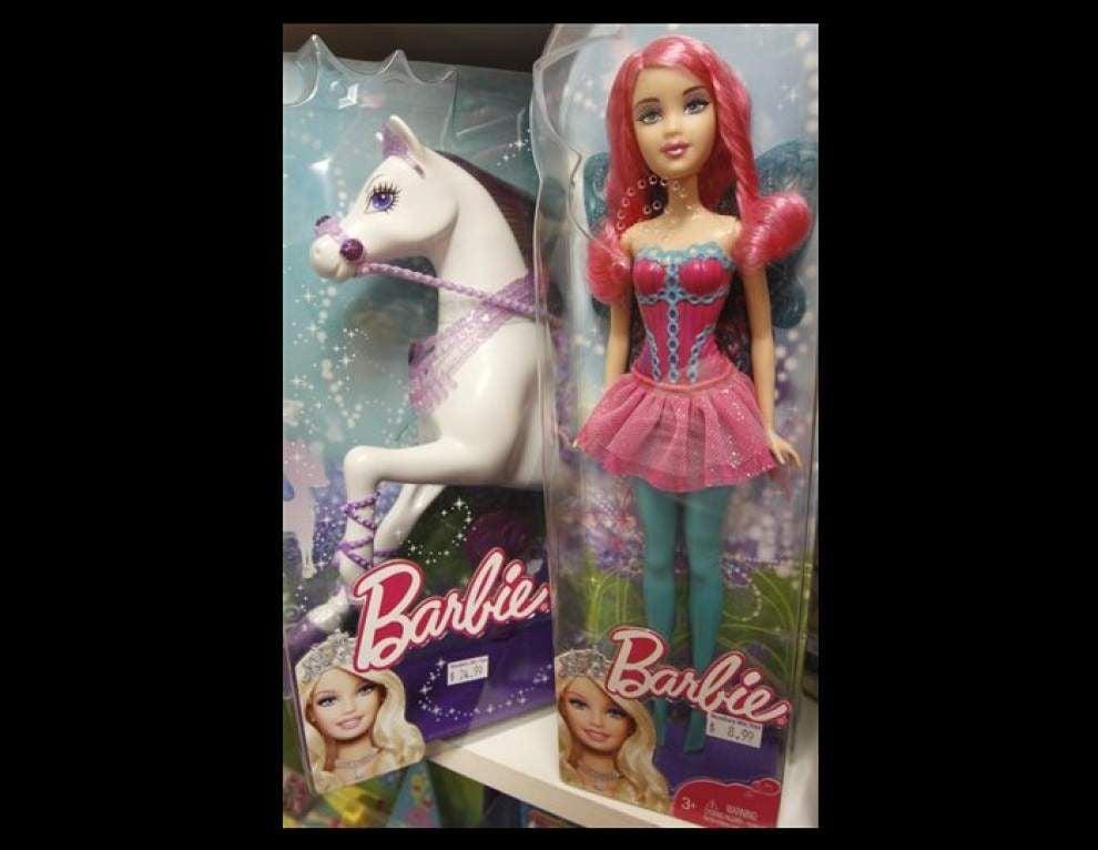 Barbie dethroned by Team Elsa _lowres