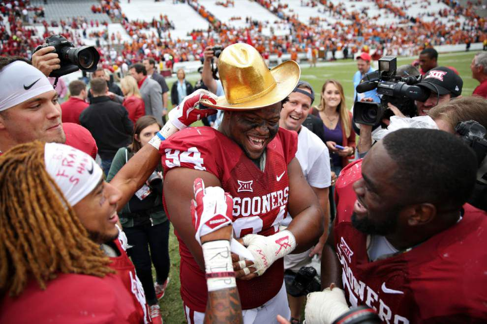 Oklahoma tops Texas at Red River Rivalry _lowres