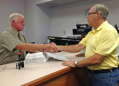 Petition to recall Gonzales councilman submitted to Registrar of Voters, second petition expected Wednesday _lowres