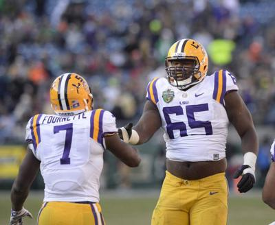 LSU RB Leonard Fournette, now a dad, is thinner, 'faster' after quieting critics with late-season burst: 'I was upset' _lowres