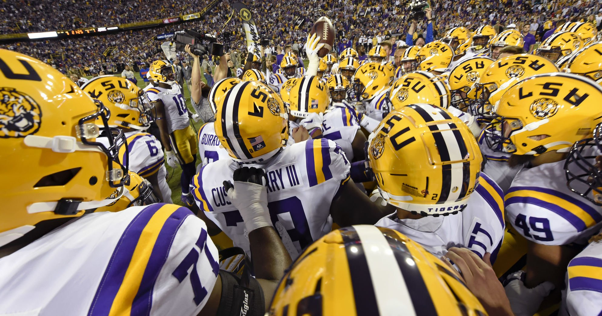 LSU Vs Arkansas Picks Who Ya Got Our Staff Make Its Predictions For The Game LSU Theadvocate com