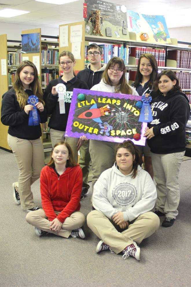 Maurepas Library Club attends teen convention _lowres