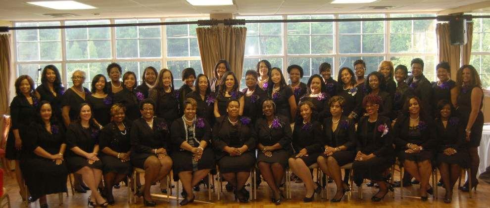 Delta Sigma Theta alumnae hold charter ceremony _lowres