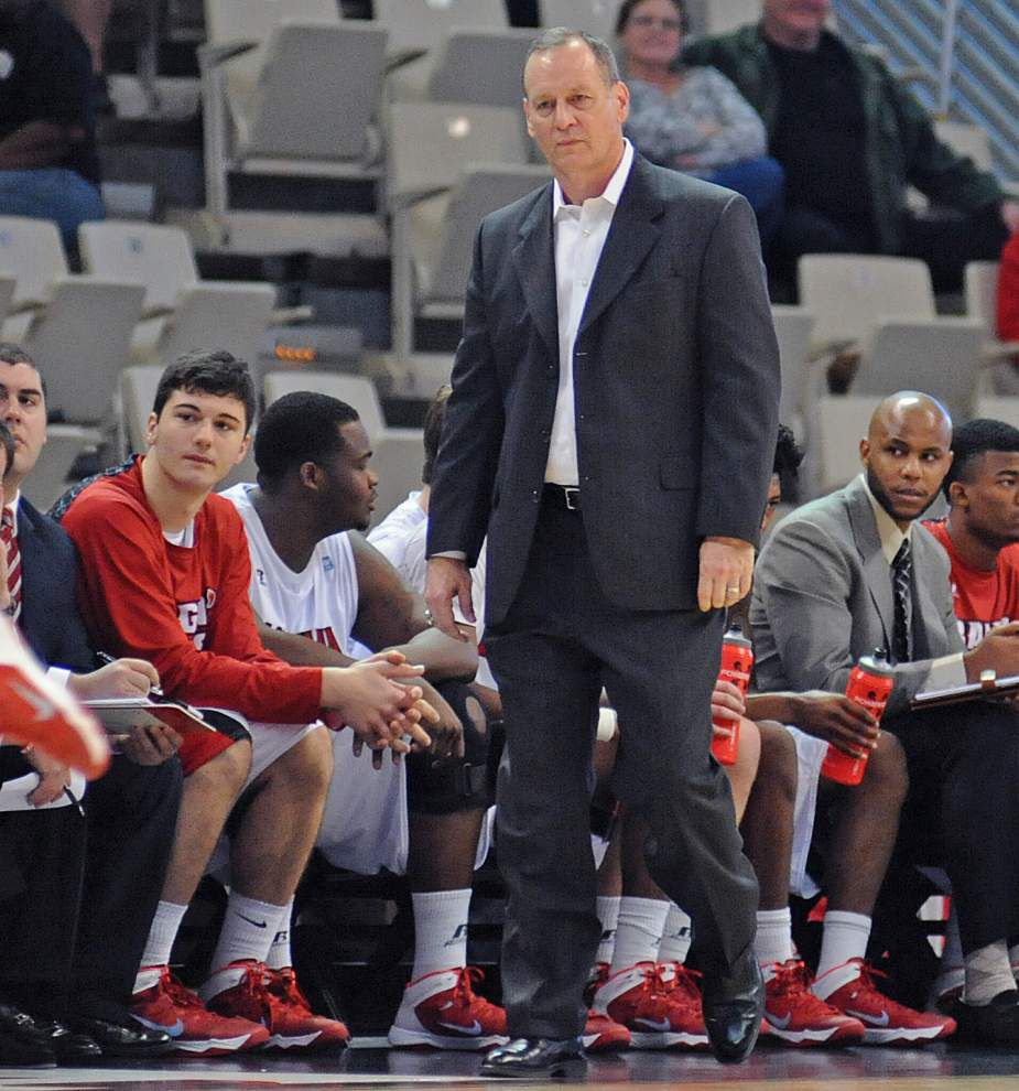 Coach Bob Marlin wants Cajuns to step up their shooting, defense _lowres