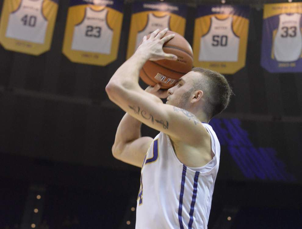 Tennessee shocks LSU at PMAC; Tigers squander opportunity to solidify NCAA tournament spot _lowres