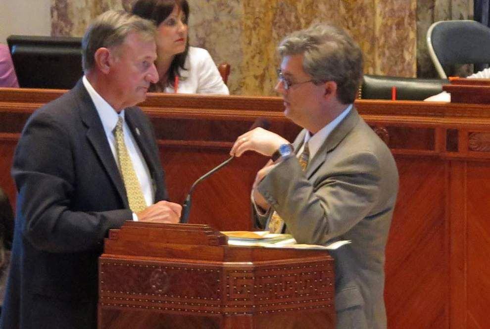 La. Senate OKs legislative scholarship revamp bill _lowres