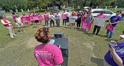 Abortion rights supporters, opponents hold dueling rallies at Governor's Mansion, Capitol _lowres