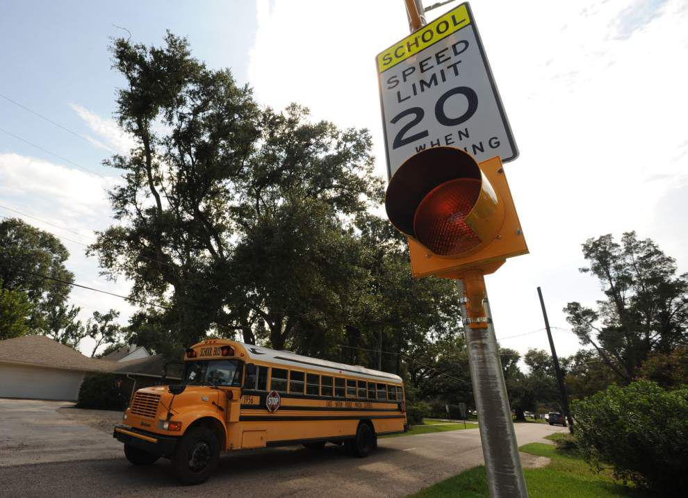 Ask The Advocate: What's going on with flashing school lights two hours before school starts? _lowres