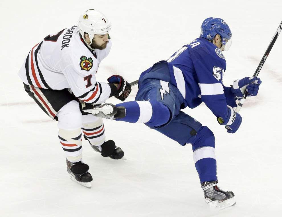 Blackhawks edge Lightning, lead Stanley Cup series 3-2 _lowres