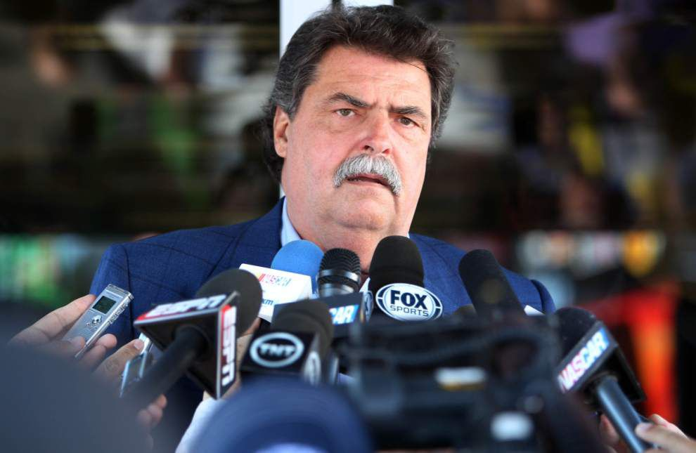 NASCAR's Mike Helton: No ill will toward Race Team Alliance _lowres