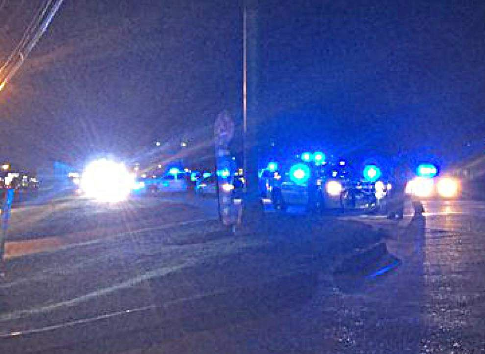 Bicyclist seriously injured in hit-and-run on Siegen Lane _lowres