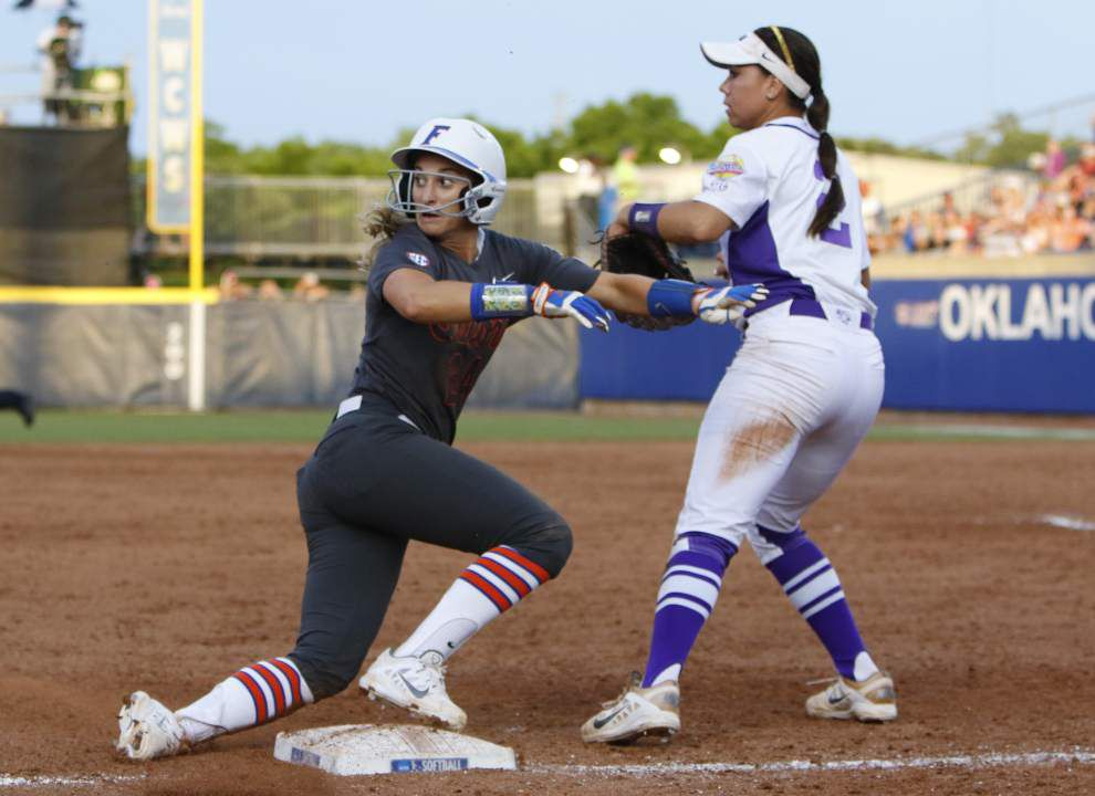 It's geaux time! No. 7 LSU softball team hosts No. 1 Florida _lowres