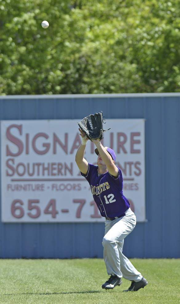 Zachary uses strong effort from Robert Burke to beat District 4-5A rival Denham Springs _lowres
