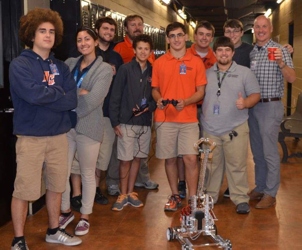 School receives AdvancED STEM certification _lowres