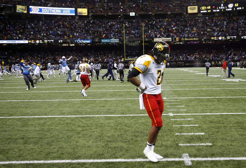 Simply classic: Southern holds off Grambling 52-45 for a wild Bayou Classic win _lowres