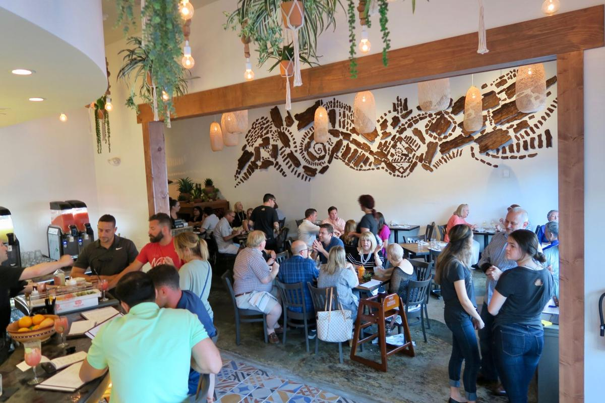 Zócalo Is A New Mexican Restaurant In Old Metairie The Former Home Of Vega Tapas Cafe Curving Bar Leads To Main Dining Room