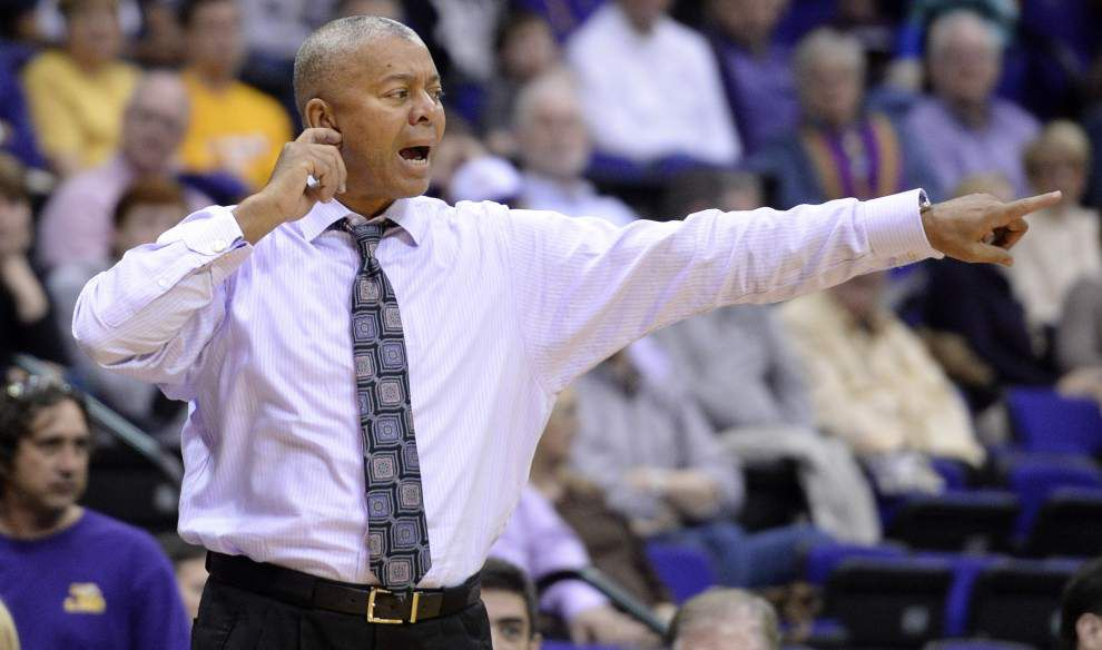 Johnny Jones: Don't forget the supporting casts in LSU-Oklahoma game _lowres