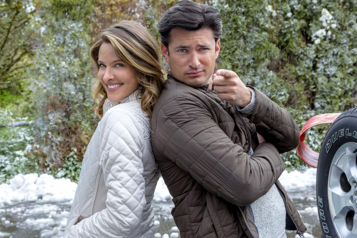 Hallmark Channel in holiday mode: \'Christmas Cookies\' stars former ...