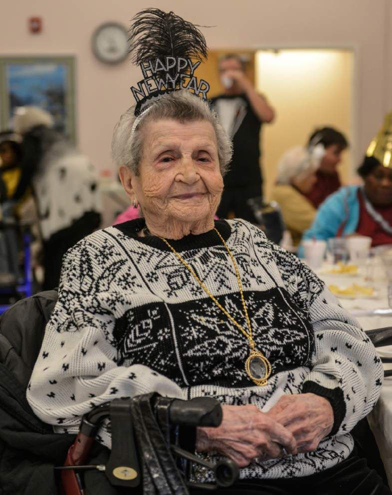 Tammany senior center rings in the new year 12 hours early _lowres
