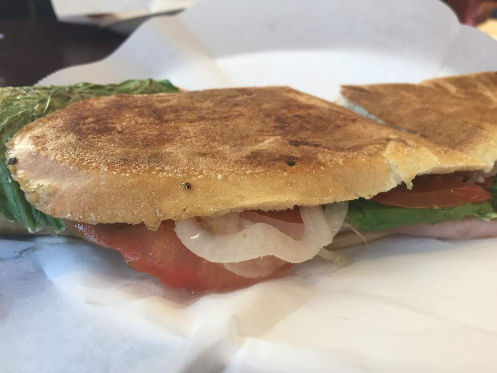 Review: New location is no problem for Anthony's Italian Deli _lowres