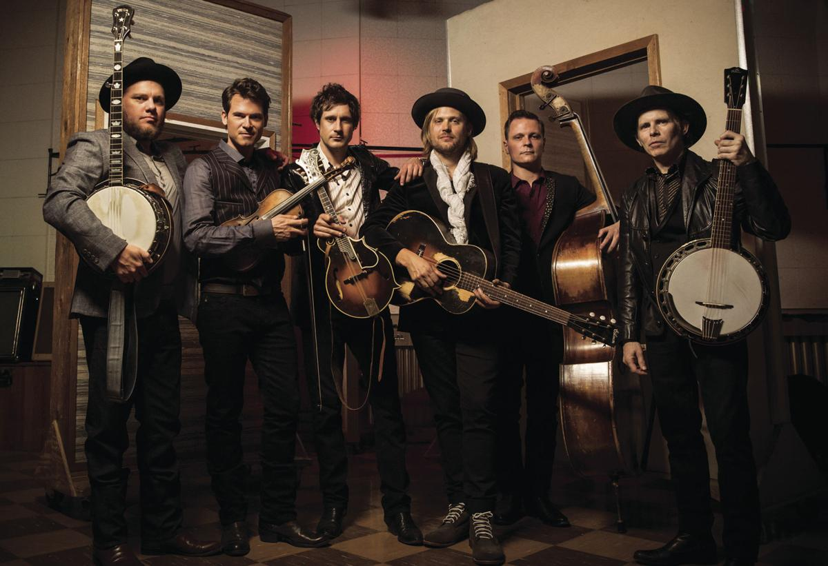 old_crow_medicine_show_by_danny_clinch_2