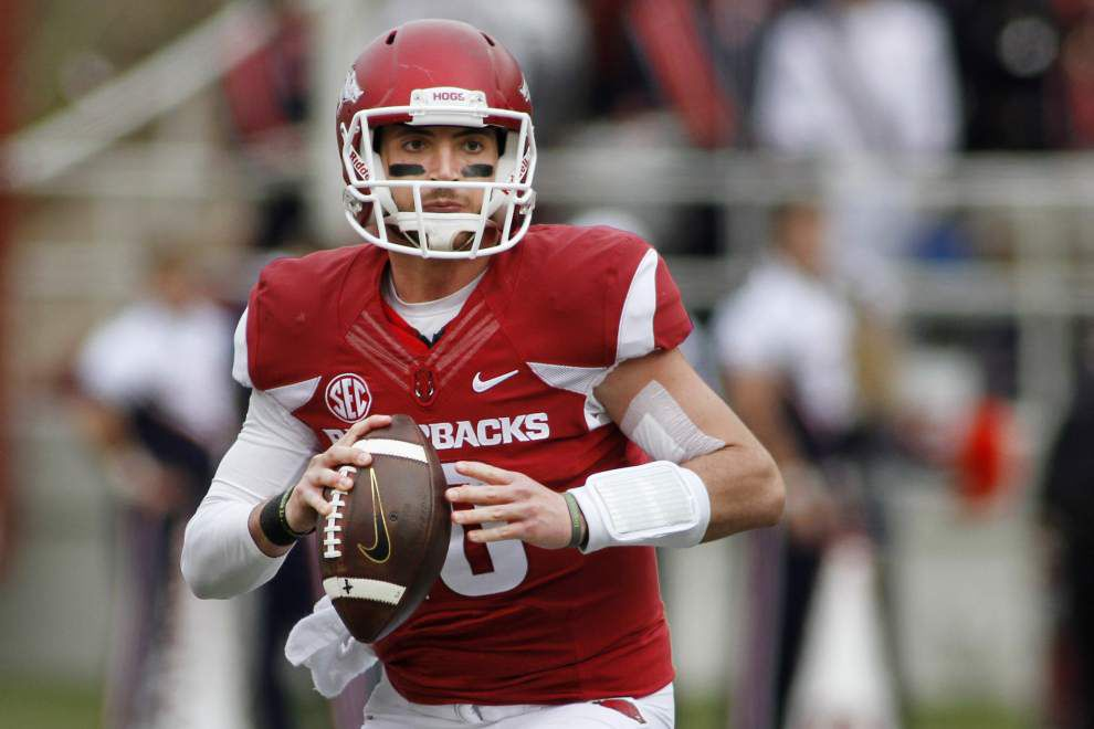 Arkansas quarterback Brandon Allen starting to silence critics as he leads his team on a bowl drive _lowres