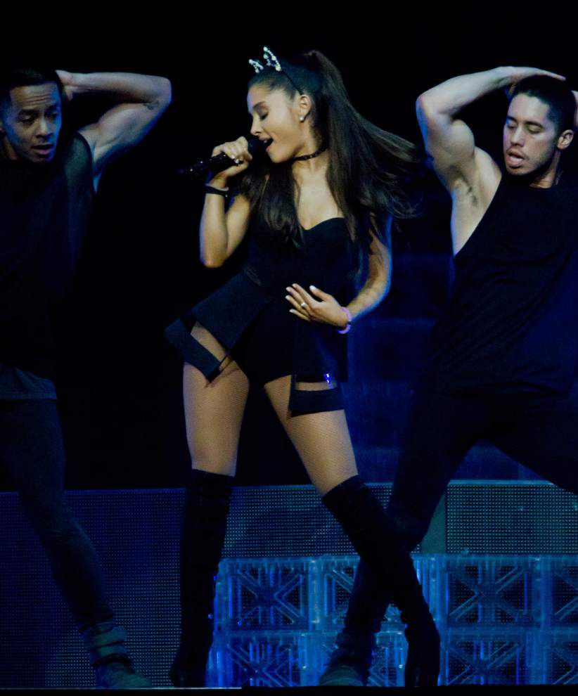 Ariana Grande shows off wide variety of pop styles in Smoothie King Center show _lowres