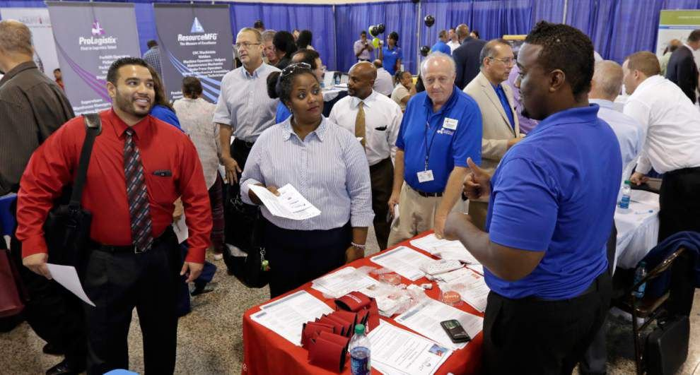 U.S. jobless aid applications fell to 289,000 _lowres