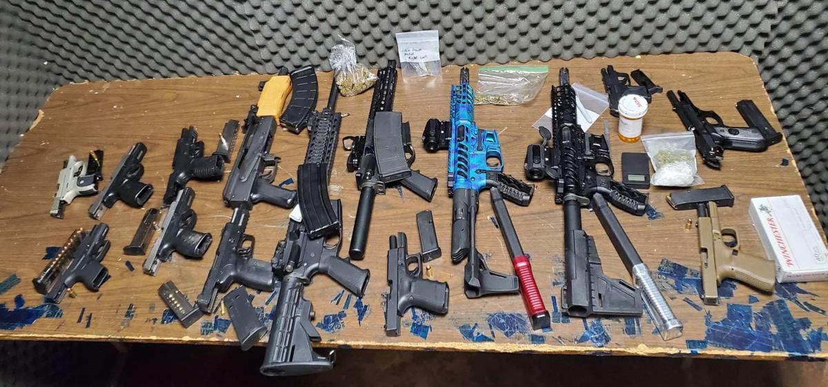 Guns 5.jpg
