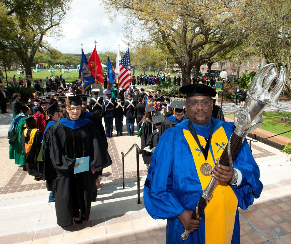 Tulane president promises to bridge racial, economic barriers at inauguration _lowres