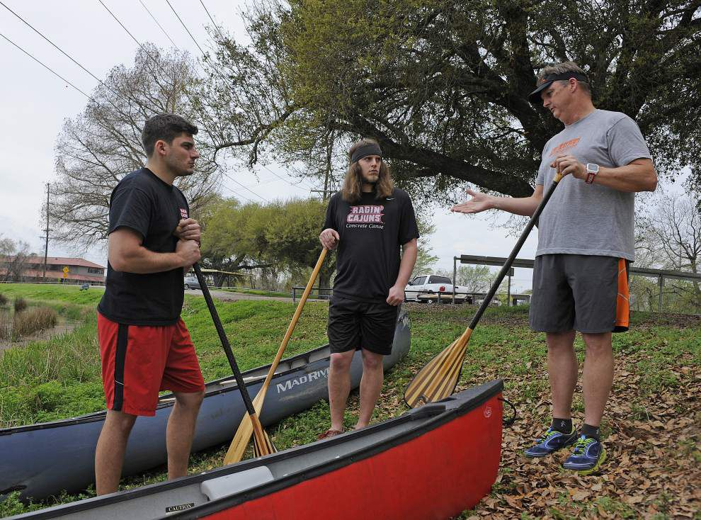 UL-Lafayette team ready to hit the waters in concrete canoe competition _lowres