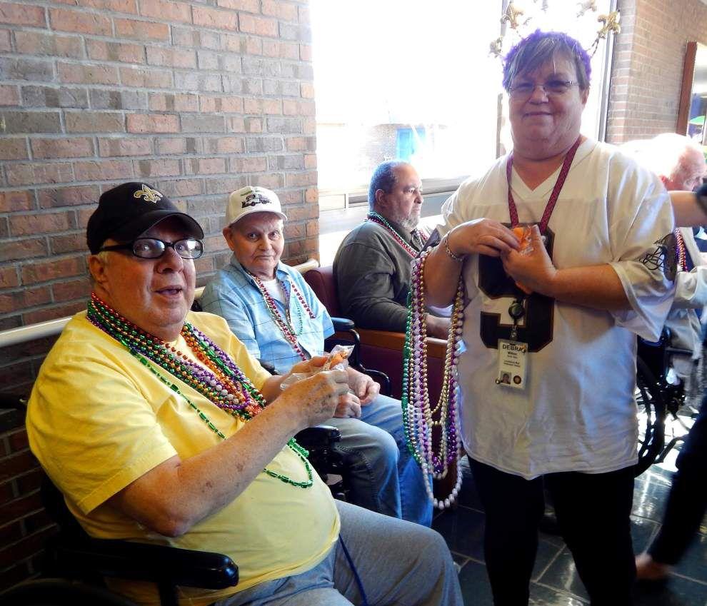 War Veterans Home celebrates Mardi Gras _lowres