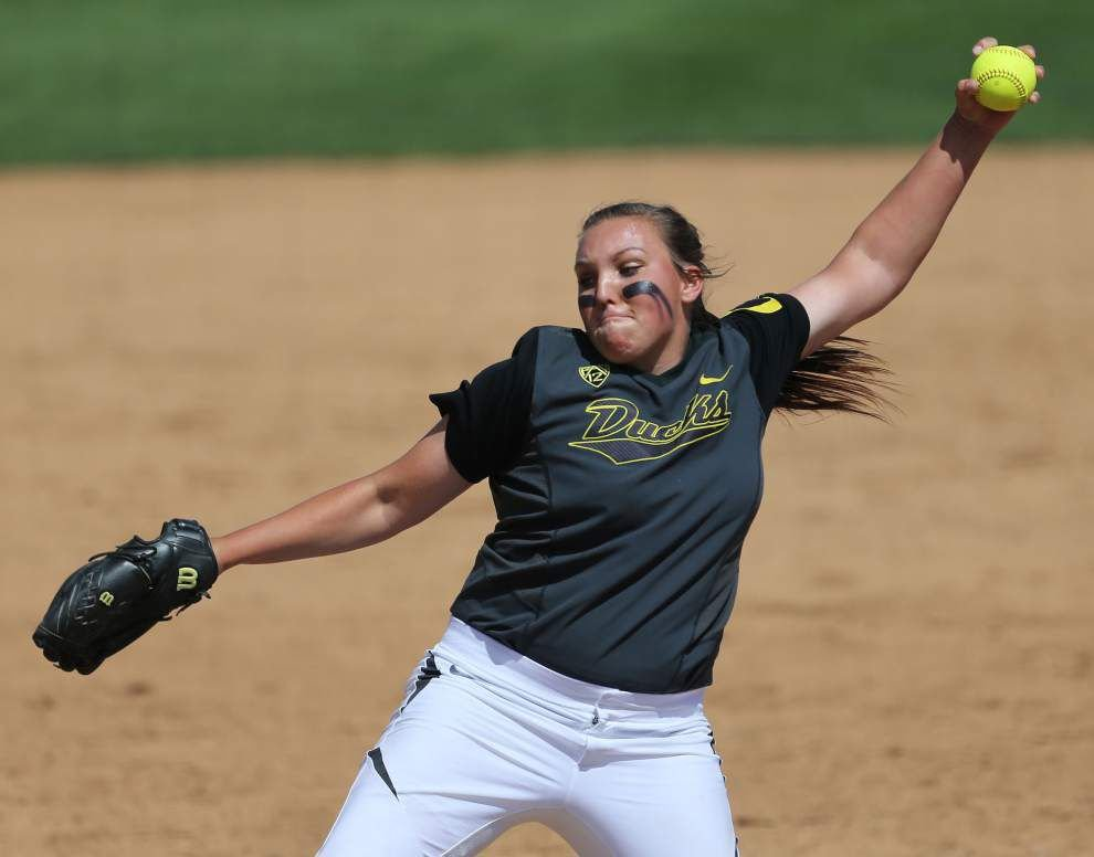 Up next for Ragin' Cajuns softball team: the mighty Oregon Ducks _lowres
