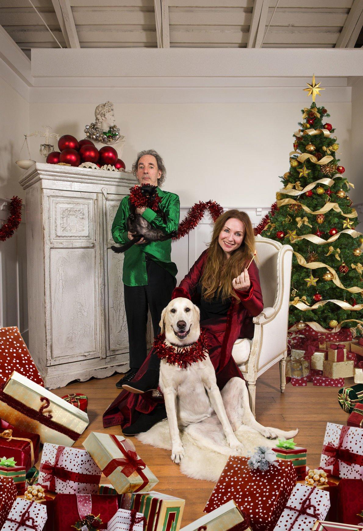 harry shearer judith owen christmas photo.jpg