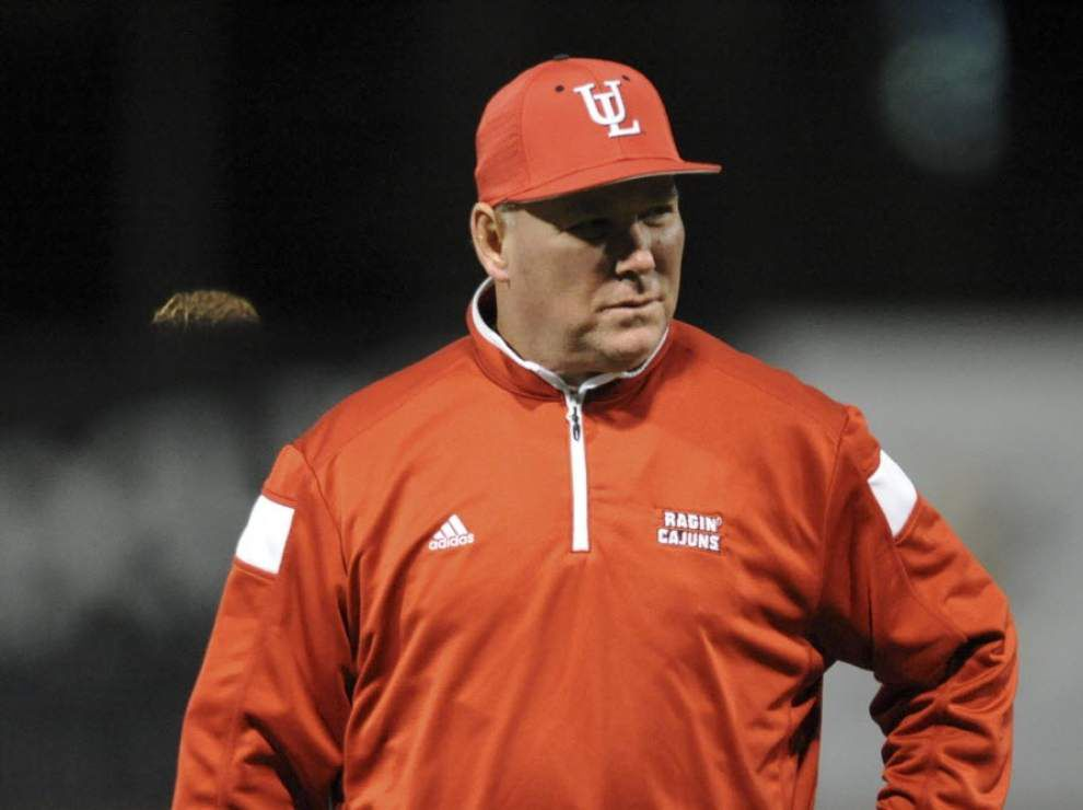 Ragin' Cajuns baseball coach Tony Robichaux takes McNeese State loss and failed chance at 1000th win in stride _lowres
