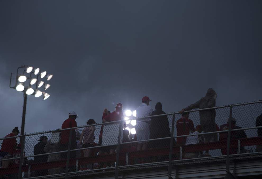 What happens if it rains at the Lafayette regional? Cajuns hope they can stick to schedule _lowres