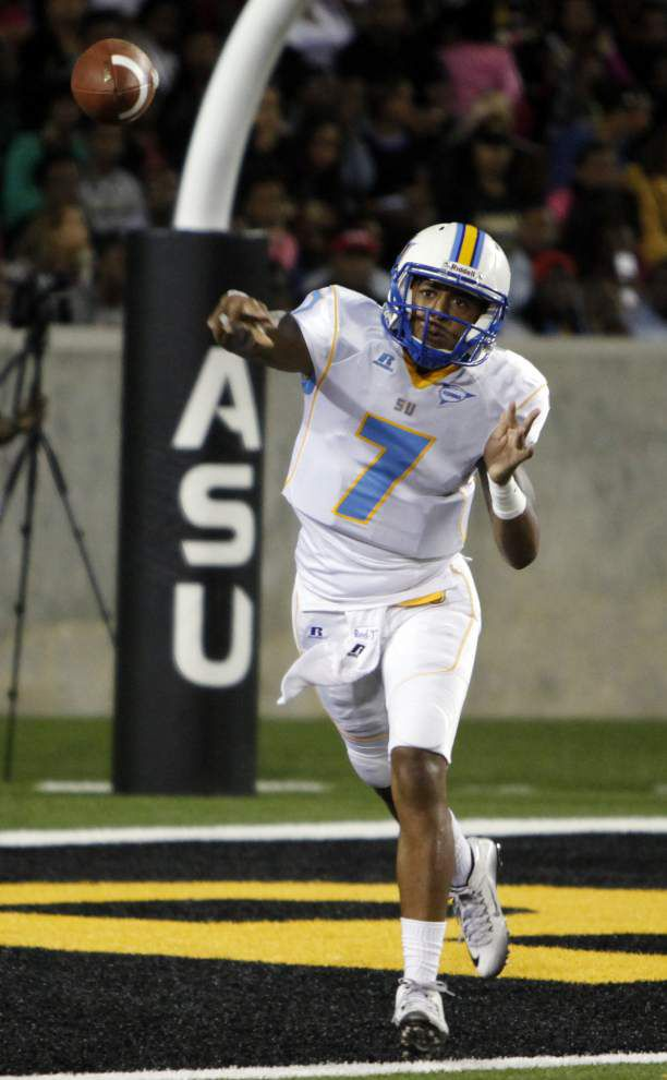 Photos: Southern powers their way to 45-34 win over Alabama State _lowres