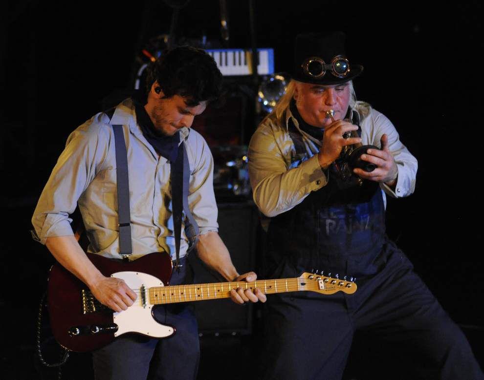 Photos: West Trainz opens Festival International festivities _lowres