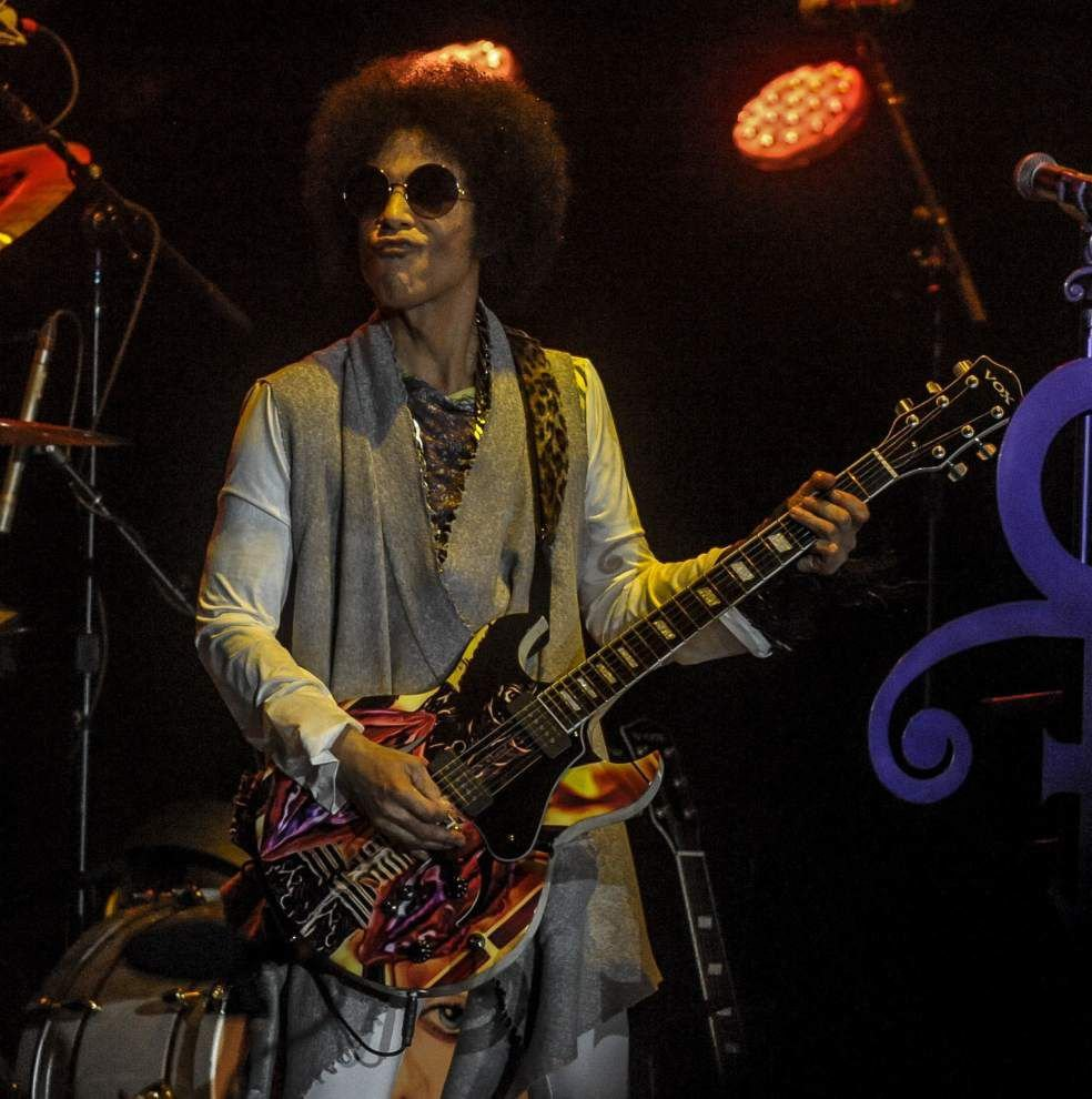 July 2014: Prince thrills Essence Festival crowd at Superdome _lowres