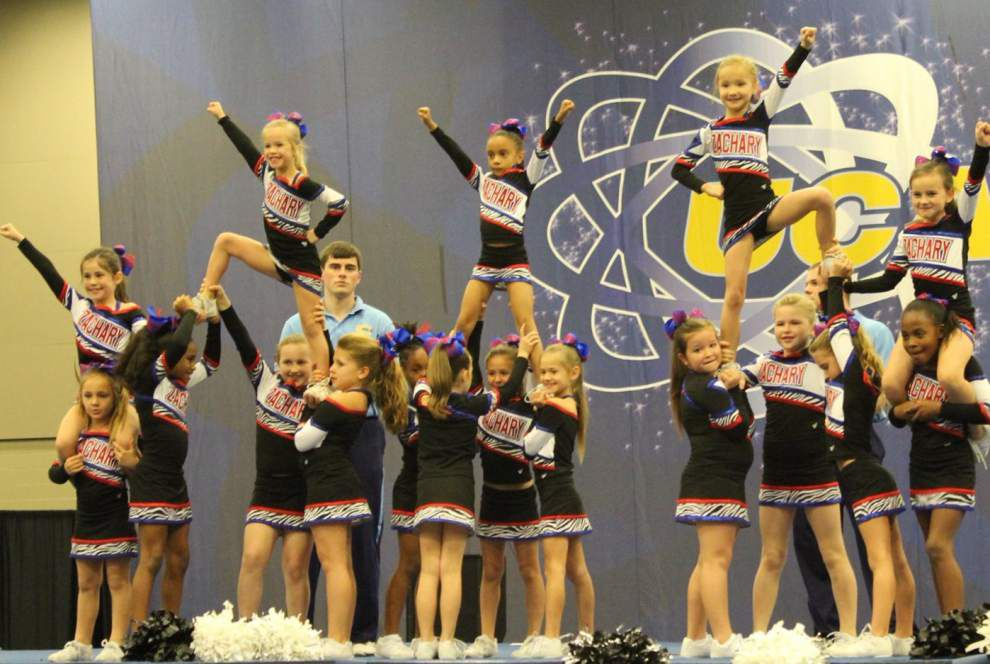Zachary cheerleaders excel _lowres