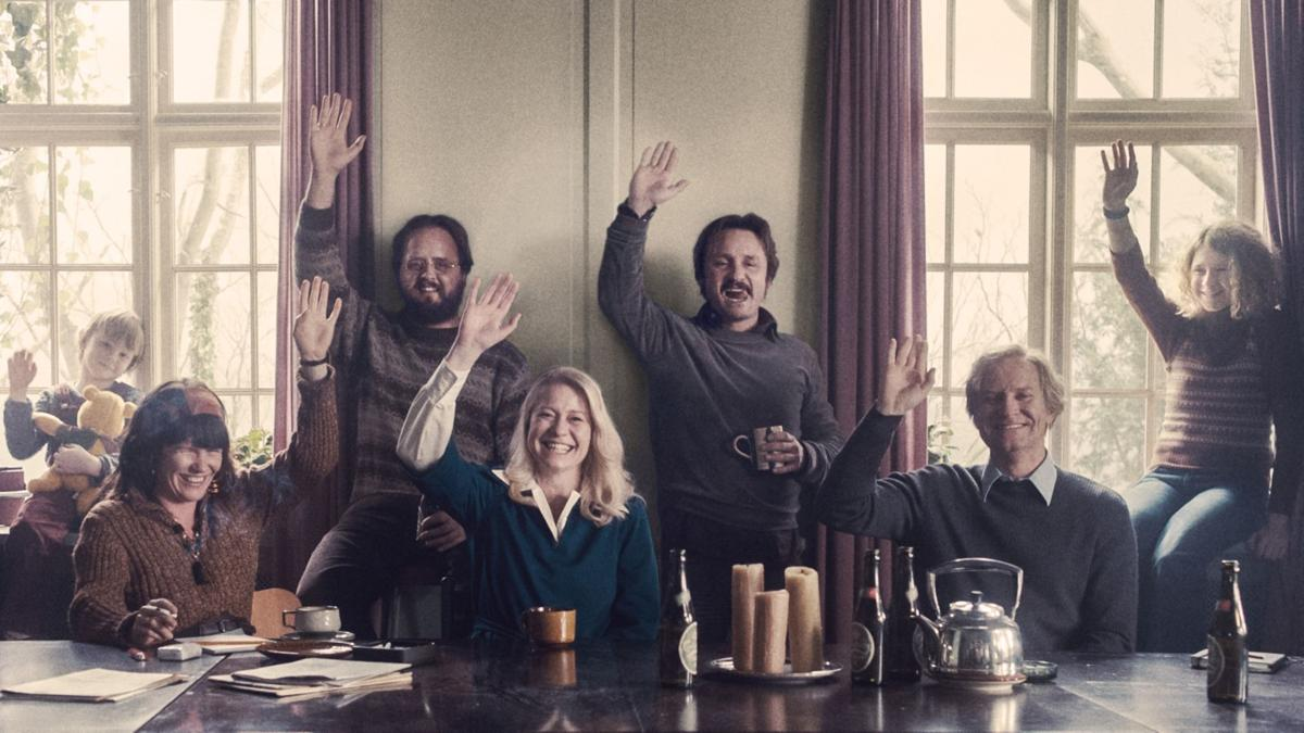'The Commune' still for Red