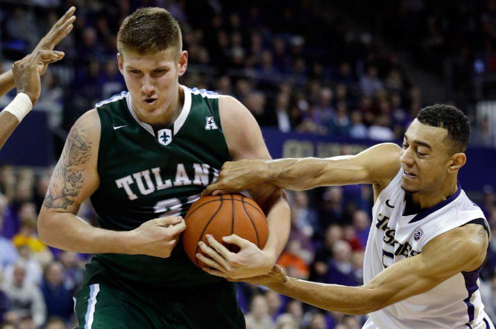 Tulane men try for landmark win vs. defending national champion UConn _lowres
