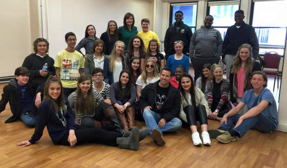 Drama students tour, study in New York _lowres