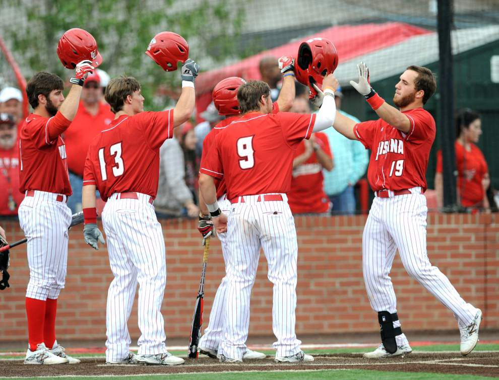 Cajuns make it a clean sweep at No. 1 in polls _lowres