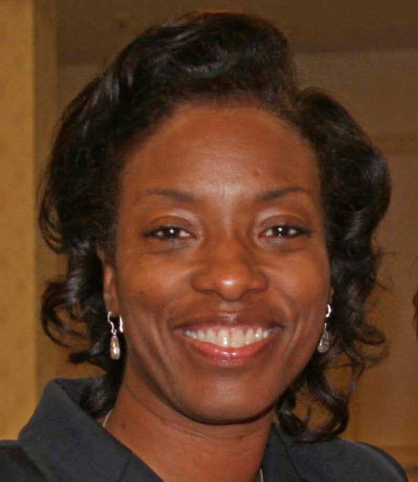 Baton Rouge high school biology teacher wins national award, $10,000 _lowres