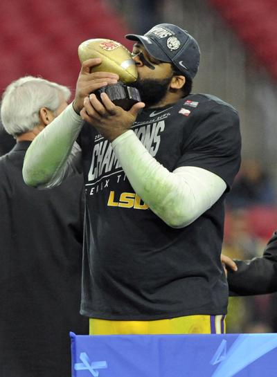 LSU's Rashard Lawrence to miss spring practice after knee surgery, expected to return in August