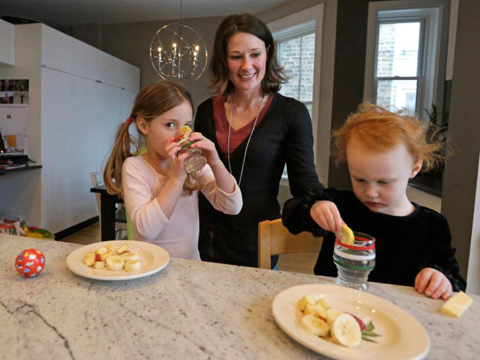 Toddler food often has too much salt, sugar, CDC study says _lowres