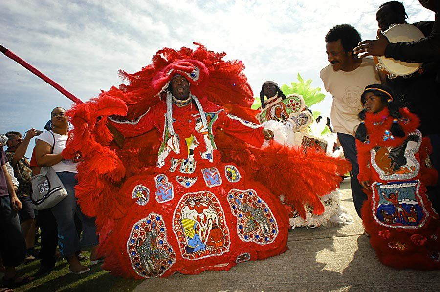 What are the Mardi Gras Indians, how many are there and what is their history?_lowres