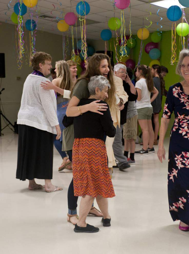 Senior citizens have a ball at prom _lowres